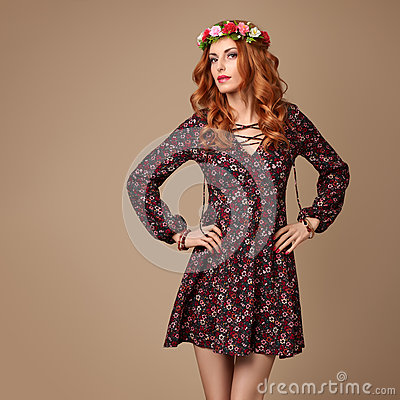 Free Fashion Boho Redhead Woman In Summer Flower Wreath Royalty Free Stock Images - 87800449