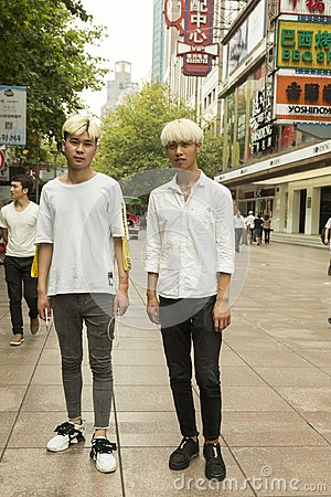 Free Fashion Guys In Shanghai, China Street Portrait Stock Image - 100443121