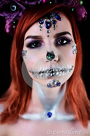 Free Fashion Model With Halloween Skull Makeup With Glitter And Rhinestones Royalty Free Stock Image - 101805986
