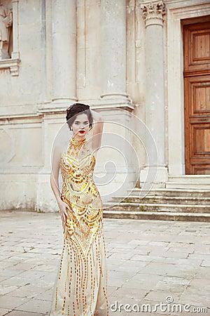 Free Fashion Outdoor Photo Of Fashionable Sexy Elegant Lady Wearing I Royalty Free Stock Image - 84343226