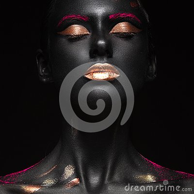 Free Fashion Portrait Of A Dark-skinned Girl With Color Make-up. Beauty Face. Royalty Free Stock Image - 56762176