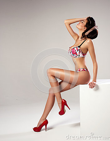 Free Fashion Sexy Woman With Long Legs Stock Image - 39849781