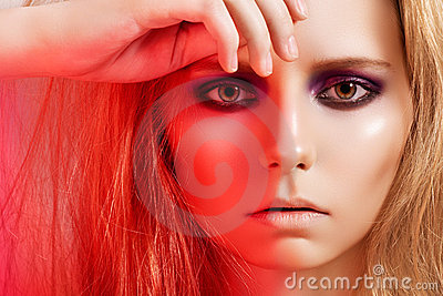Fashion woman model, beautiful smoky eyes make-up