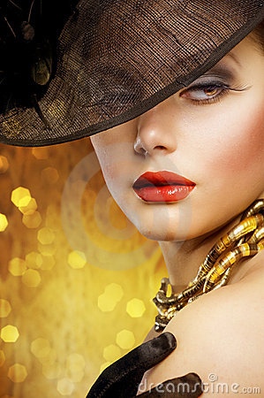 Free Fashion Woman Portrait Royalty Free Stock Photo - 18719935