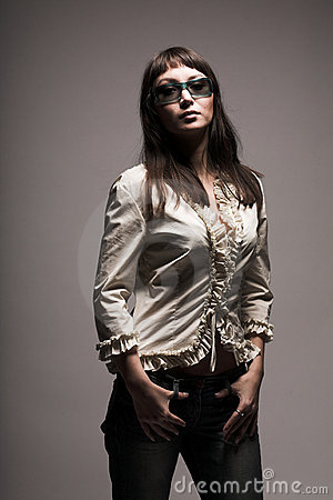 Fashion woman in sunglasses