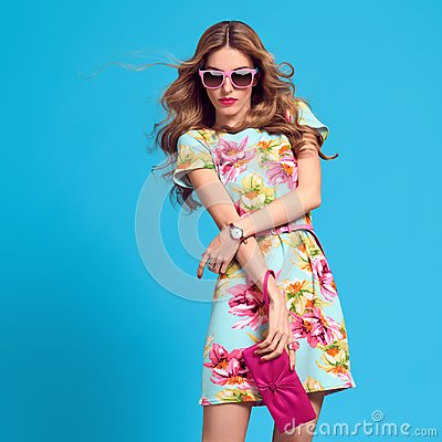 Free Fashionable Blond Woman, Trendy Summer Outfit Stock Photography - 110399422