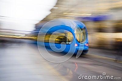 Fast tramway