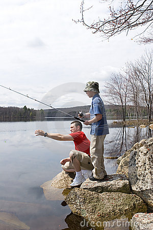 Free Father And Son Fishing Royalty Free Stock Images - 2488929
