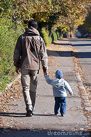Free Father And Son Walking Stock Photography - 19287992