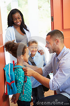 Free Father Saying Goodbye To Children As They Leave For School Royalty Free Stock Photo - 39237695