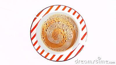 Fazendo o café com leite video estoque