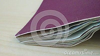 Fechamento do passaporte italiano vídeos de arquivo