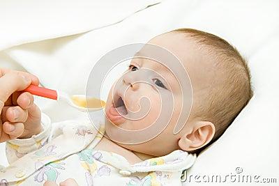 Feeding of the child