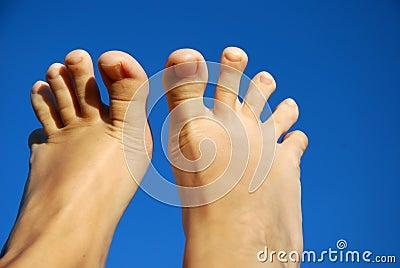Feet fingers