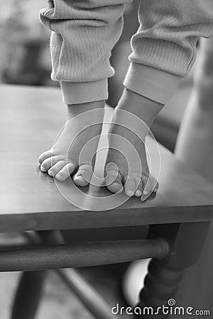 Free Feet Of Child Royalty Free Stock Photo - 8347215