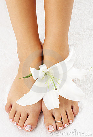 Free Feet With Madonna Lily Stock Photography - 1555372