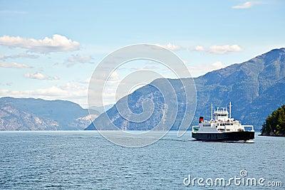Feffy in fjord