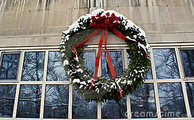 Feiertag Wreath