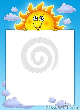 Feld mit nettem lauerndem Sun