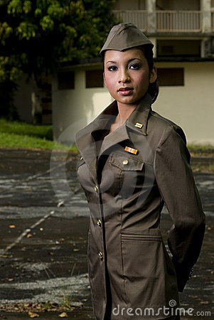 Free Female Army Personnel Royalty Free Stock Photography - 2407677
