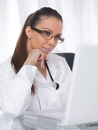 Free Female Doctor Royalty Free Stock Photo - 6383095