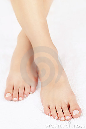 Free Female Feet With Pedicure Stock Photos - 22338543