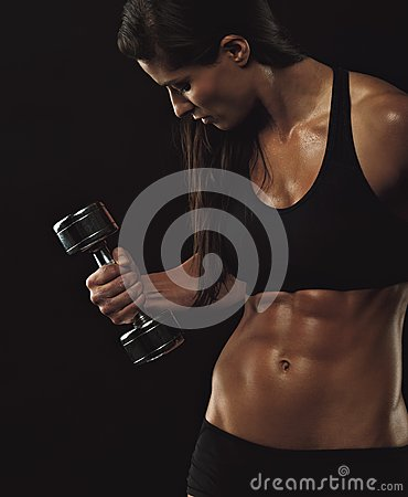 Free Female Fitness Model Exercising Royalty Free Stock Photography - 36675747