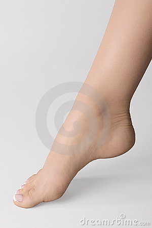 Free Female Foot Royalty Free Stock Image - 13279156