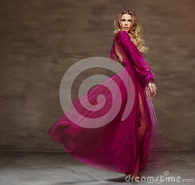 Free Female In Long Red Dress Royalty Free Stock Photography - 114883367