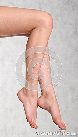 Free Female Legs Stock Photography - 1470812