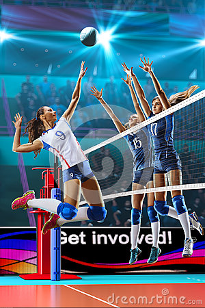 Free Female Professional Volleyball Players In Action On Grand Court Stock Photography - 96810202