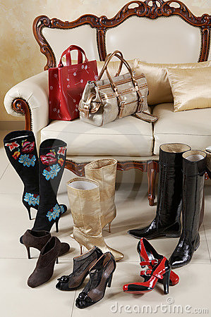 Free Female Shoes, Boots And Bags Stock Photography - 3225682