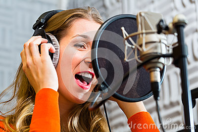 Female Singer or musician for recording in Studio