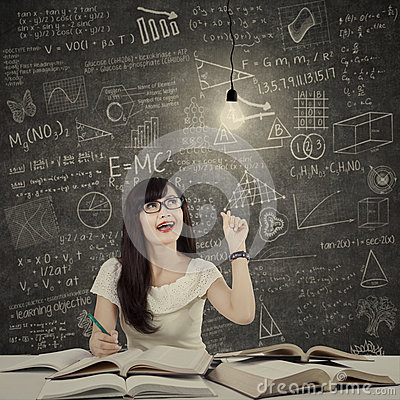 Free Female Student Getting Bright Inspiration 1 Stock Photography - 43140432
