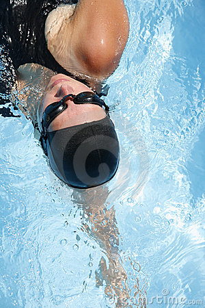 Free Female Swimmer Royalty Free Stock Photography - 2791647