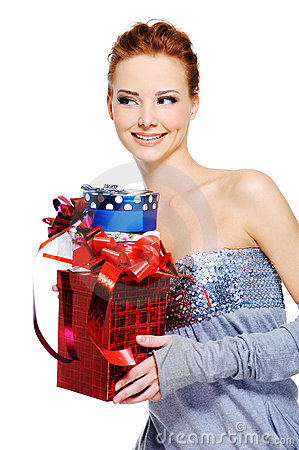femlae holding the christmas present boxes