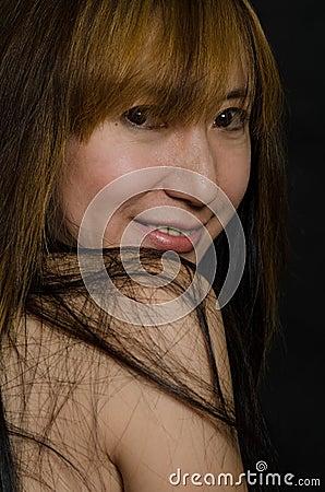 Femme chinoise attirante d années  40