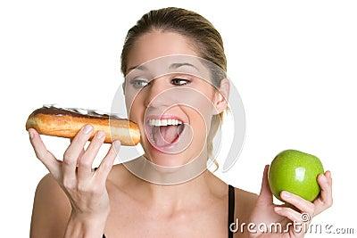 Femme suivant un régime