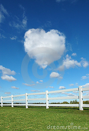 Free Fence And Heart Stock Photography - 3385302