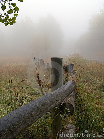 Free Fenceline In Fog Royalty Free Stock Images - 1262909