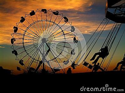 Feria en la puesta del sol