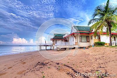 Feriehus på stranden av Thailand