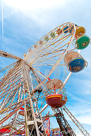 Free Ferris Wheel Stock Images - 33823034