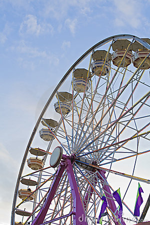 Free Ferris-wheel At The Fair Royalty Free Stock Photography - 6828087