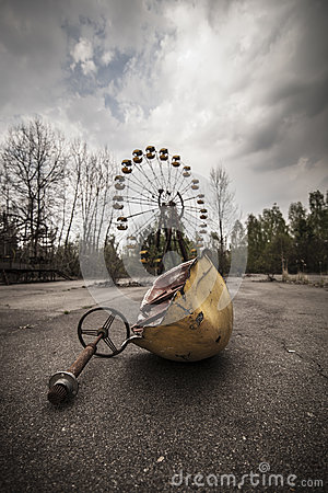 Free Ferris Wheel In Amusement Park In Pripyat Royalty Free Stock Photos - 56674378