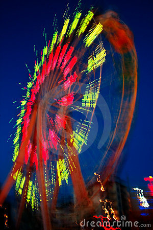 Free Ferris Wheel In Motion Stock Photography - 8275862