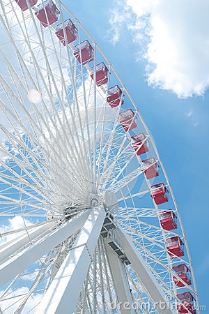 Ferris Wheel In Navy Pier, Chicago Royalty Free Stock Image - Image: 25726076