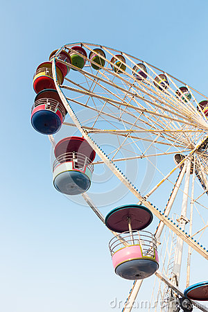 Free Ferris Wheel On Blue Sky Stock Images - 66711094