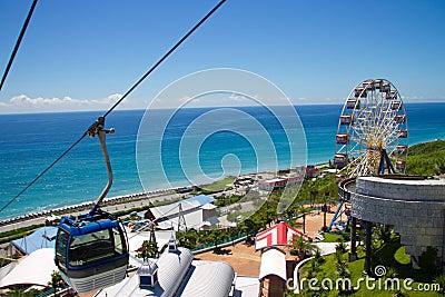 Ferris wheel and ropeway
