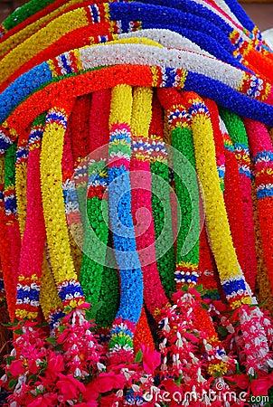 Festões coloridas